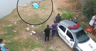 Polícia isola o local para o trabalho do Itep. (Foto: Wilton Alves/Mossoró Notícias).