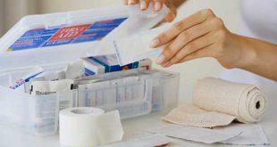 Além de remédios, crianças com epidermólise bolhosa precisam de gaze e esparadrapo para curativos.