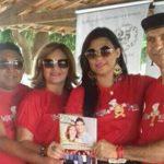 Prefeito Jackson Bezerra/Aldenora com sua cria Mayana Bezerra – Destaques da nova edição da Revista KACTU'S recebem a Comenda OS MELHORES DO ANO 2015.