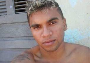 Raimundo Danielson da Silva foi atingido por cinco disparos de arma de fogo.
