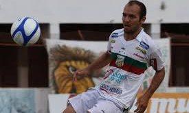 Fabinho Cabalhota quebra jejum e faz gol da vitória.