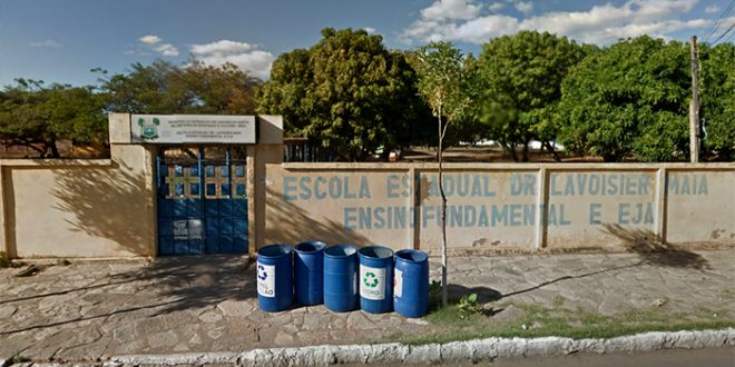 Escola Estadual Ambulatório Cardeal Câmara dividia espaço com a Escola Estadual Lavoisier Maia desde o ano de 2013 (Foto: Google).