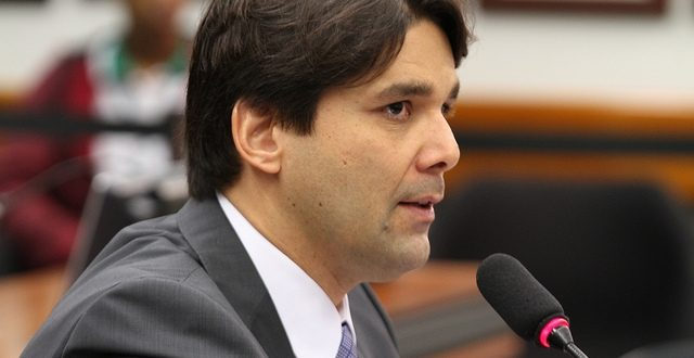 Felipe Maia assume vice-liderança do Democratas na Câmara dos Deputados