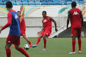 Pedro Ivo, com a bola, disse haver ficado triste e chateado. (Foto: americadenatal.com.br).