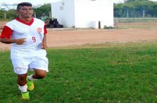 Vaninho, nova estreia pelo time alvirrubro. (Foto: Marcelo Diaz/ACDP).