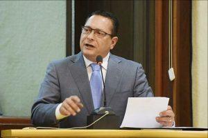 Ezequiel anunciou medidas em sessão realizada na manhã de hoje