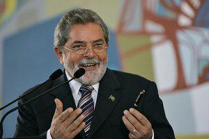 Ontem (15), Lula se reuniu, no Palácio da Alvorada, por mais de quatro horas com a presidenta Dilma Rousseff.