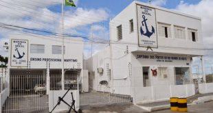 Capitania dos Portos tenta localizar pescadores