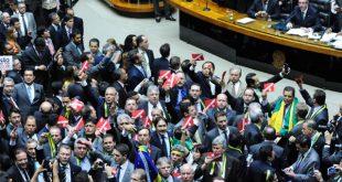Na lista dos deputados com questionamentos judiciais estão, inclusive, o presidente da comissão, deputado Rogério Rosso (PSD-DF), indiciado por corrupção eleitoral no Tribunal Regional Eleitoral do Distrito Federal (Foto: Agência Câmara Notícias).