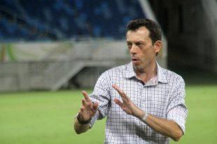 Treinador Fernando Tonet lamenta desfalques em momento decisivo. (Foto: fernandotonet.com.br).
