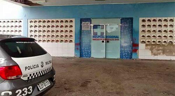 Vítima foi levada pelo Samu para o Hospital Regional Tarcísio Maia (HRTM).