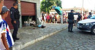Homem foi atingido quando tentava assaltar no bairro Santo Antônio