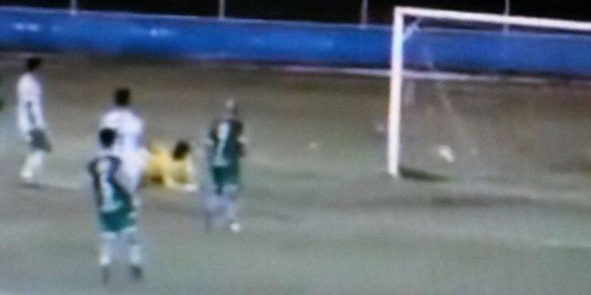 Gol de empate do Palmeira assustou, mas Camaleão reagiu. (Foto: Reprodução).