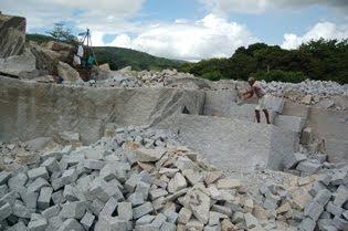 Acidente de trabalho aconteceu em pedreira de Caraúbas