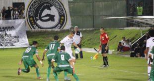 Alvinegro supera forte marcação e vence no brasileirão. (Foto: Diego Simonetti/Blog do Major, site do ABC).