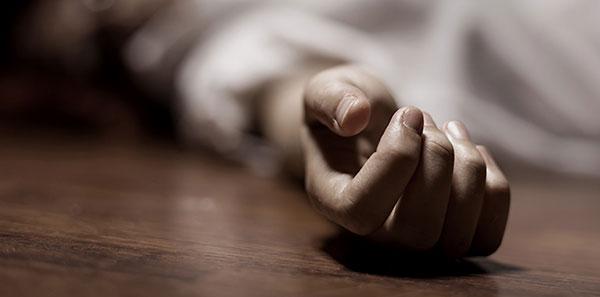 A cada 6 horas uma mulher é assassinada no Brasil por um agressor conhecido