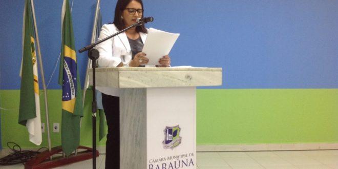 Prefeita Luciana  Oliveira garante pagamento do funcionalismo