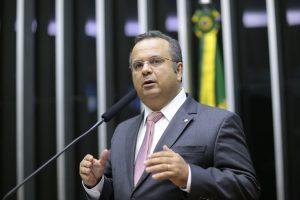 Rogério Marinho entregou documento com propostas ao vice-presidente - Alexssandro Loyola / PSDB na Câmara