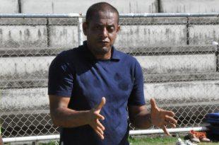 """Emanuel Sacramento: """"O importante foi não deixar o Serra Talhada jogar"""". (Foto: globoesporte.com)."""
