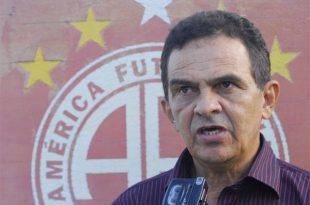 Francisco Diá, assumiu cargo na tarde desta segunda-feira. (Foto: Facebook américa de Natal).