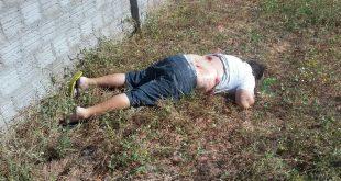 Eliésio Oliveira, morto a tiros