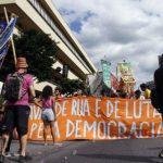 Thadeu Brandão – Democracia em recessão