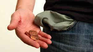 Rendimento médio do trabalhador brasileiro foi de R$ 2.037 para R$ 1.982.