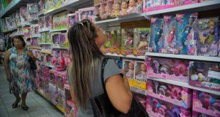 Pesquisa revela que comércio vai contratar menos funcionários até dezembro (Foto: Fernando Frazão/Agência Brasil).