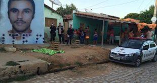 Wellington Oliveira da Silva foi morto entre a meia noite e 01h da madrugada, mas o corpo só foi encontrado às 05h10 (Foto: Passando na Hora).