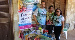 Dinheiro arrecadado com os produtos irá ajudar a custear tratamento de pessoas contra o câncer (Foto: Luciano Lellys).
