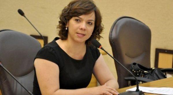 Larissa volta ao parlamento estadual como representante de Mossoró e região