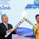 Tocha paralímpica é acesa em Brasília; revezamento começa no dia 1°