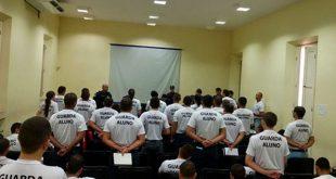 Docentes ainda não receberam pagamento por aulas ministradas no curso de guardas-alunos em 2014 (Foto: Guarda Civil de Mossoró).