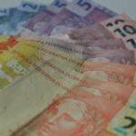 Taxa de juros do cheque especial bate novo recorde: 321,1% ao ano
