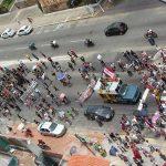 Protesto do funcionalismo reúne duas mil pessoas e para o centro de Natal