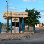 Aulas da Uern são suspensas por causa da paralisação dos terceirizados