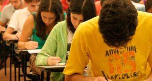 No ano passado, quando o exame voltou a certificar o ensino médio, foram registrados 1,57 milhão de inscritos.