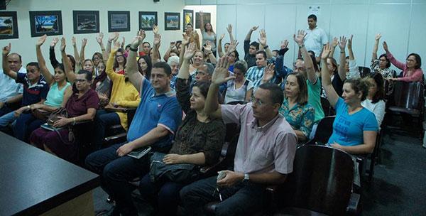 Médicos aprovam por unanimidade início de Greve Geral