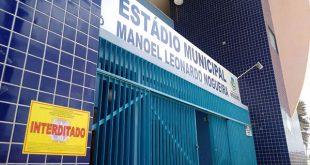 Desde 2004, o Nogueirão teve parte de suas arquibancadas interditadas e nenhum serviço foi realizado para a sua recuperação.(Foto: Cedida).