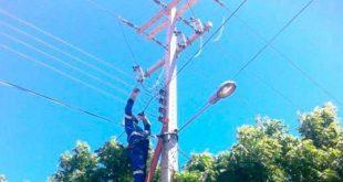 A operação é necessária para que os técnicos possam realizar serviços de melhoria na rede elétrica.