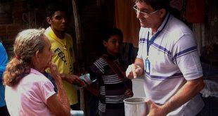Nesta época, é necessário estar atento, pois o mosquito prolifera-se facilmente em recipientes que acumulem água parada (Foto: Prefeitura de Mossoró).