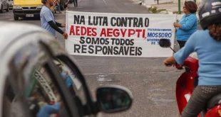 Agentes de endemias instruíram motoristas e pedestres (Foto: Divulgação Prefeitura).