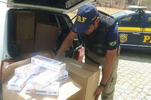 Desde 2010 a Polícia Rodoviária Federal apreendeu mais de 300 milhões de maços de cigarros ilegais no Brasil (Foto: Divulgação PRF).