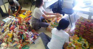 Os gêneros alimentícios foram arrecadados durante uma gincana realizada entre os alunos da Escola Formare Mizu (Foto: Divulgação).
