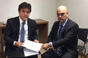 O governador se reuniu com o ministro da Justiça, Alexandre de Moraes, em Brasília (Foto: Assecom RN).