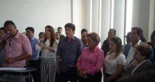 Robinson Faria, junto com a prefeita de Mossoró, Rosalba Ciarlini, inaugurou o terminal de passageiros do Aeroporto Dix-Sept Rosado (Foto: Mossoró Notícias).