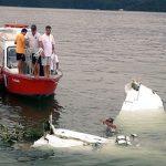 Corpo de Teori Zavascki é resgatado de avião que caiu em Paraty