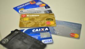 Caixa é um dos primeiros bancos a apresentar novas regras para o rotativo