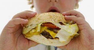 A maior parte dos obesos pratica a mastigação unilateral.