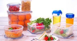 O calor e a umidade aceleram os processos de degradação dos alimentos.